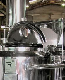 Reator tampa aberta